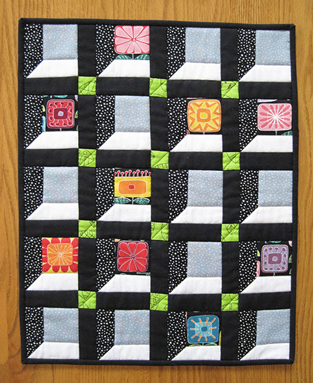August Little Quilt Part 2 Notions The Connecting